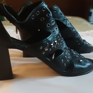 Excellent condition stylish heels